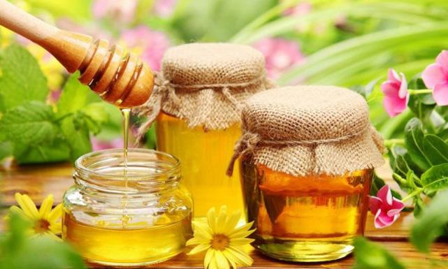 فوائد عسل الأعشاب