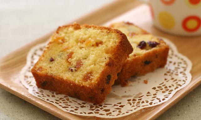 الأنجليزي 0dried_fruit_cake.jp