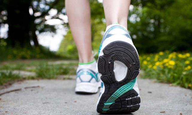 هل تعلمين فوائد المشي؟